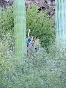 Claudia und Kristin bei einer Wanderung  an der Bahia Conception