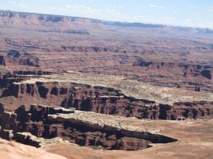 Schichtstufen im Canyon