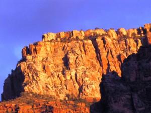 """""""Capitolshügel"""" in der Abendsonne im Bright Angel Canyon"""