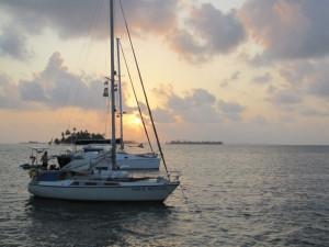 andere Segelboote im Archipel